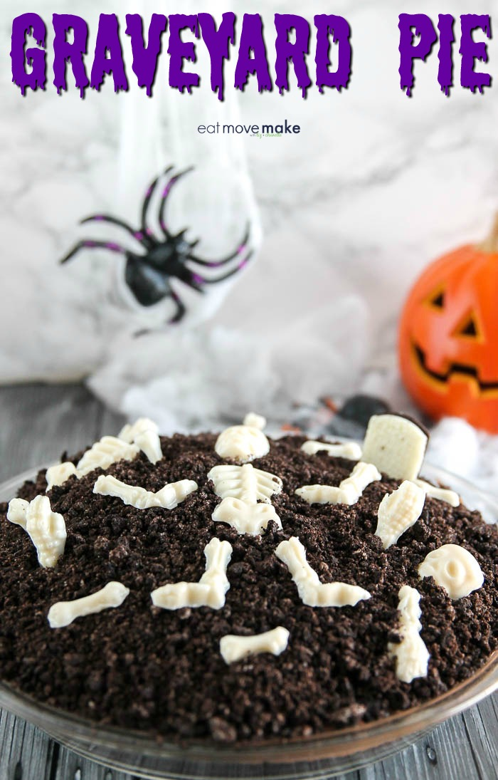 graveyard pie with Halloween decorations