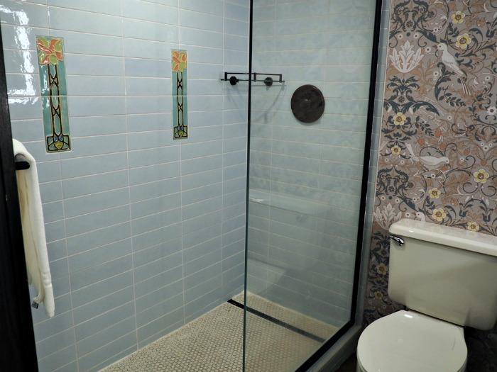 Omni Grove Park Inn bathroom