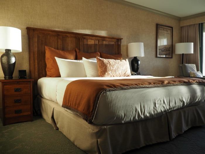 Omni Grove Park Inn hotel room