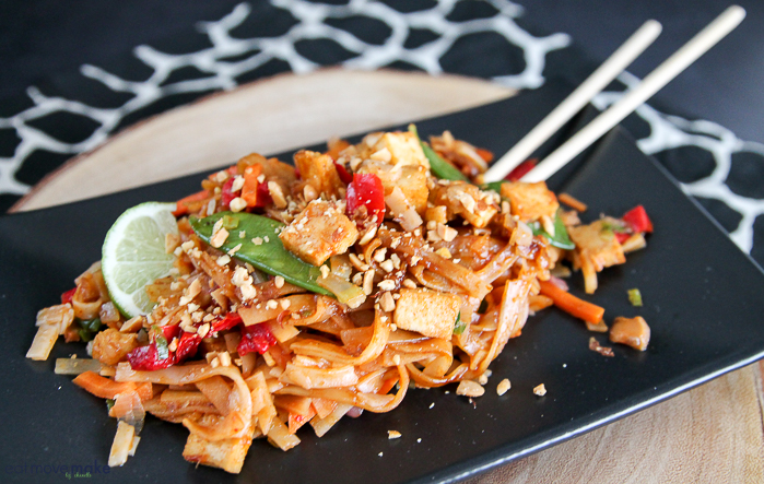 Sweet Earth Easy Plant-Based Meals Pad Thai