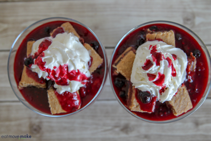 add whipped cream to cobbler bars
