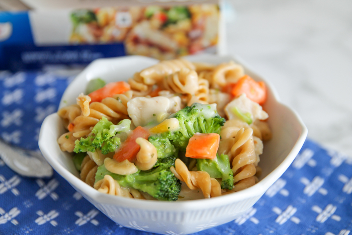 a bowl of pasta and vegetables
