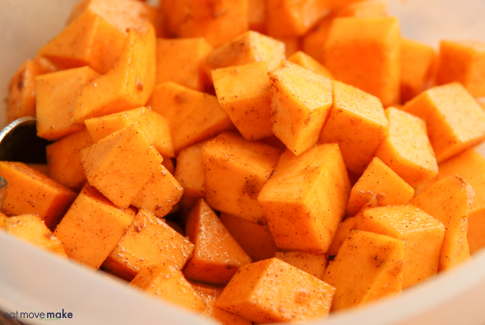 toss squash with spice ingredients