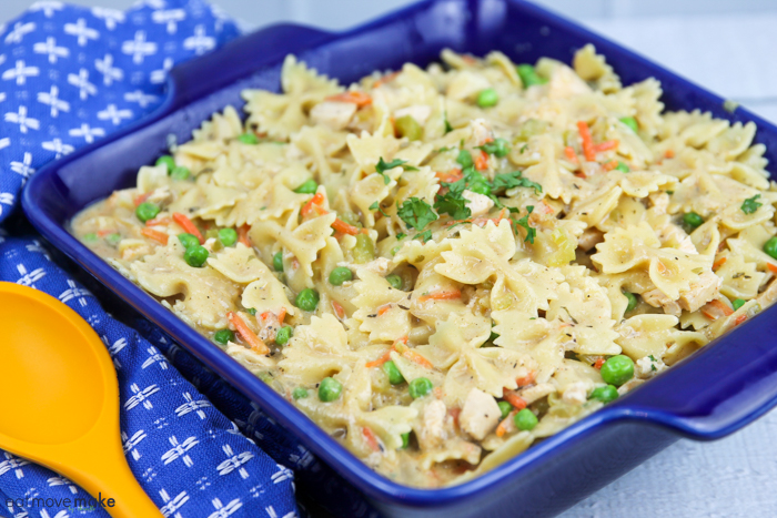 chicken pot pie noodle casserole