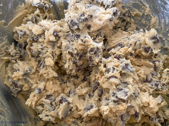 doubletree chocolate chip cookies - add in chocolate chips