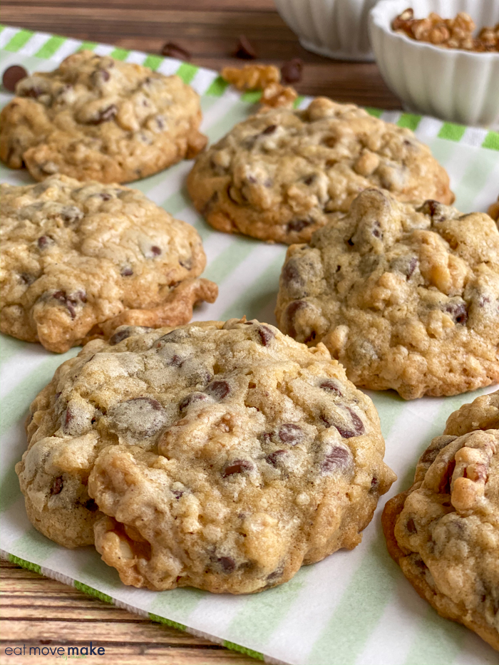 doubletree chocolate chip cookies after baking