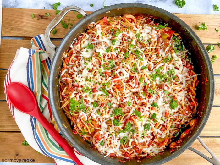 deluxe pizza spaghetti casserole