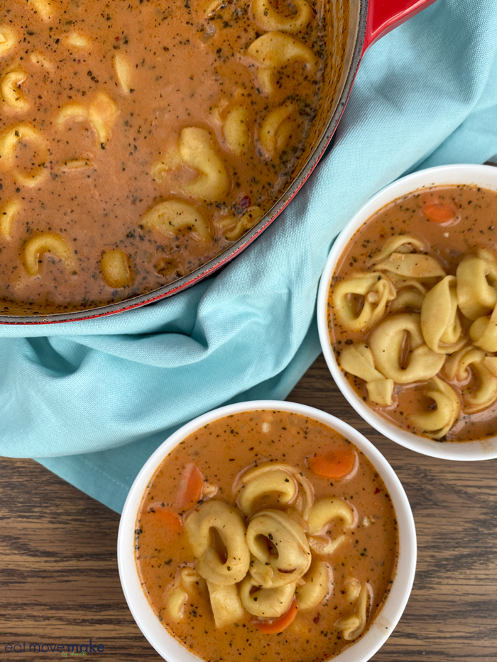 tomato tortellini soup in bowls