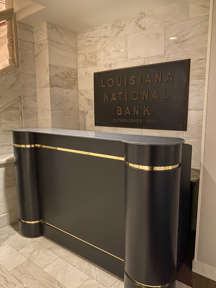 Louisiana National Bank desk