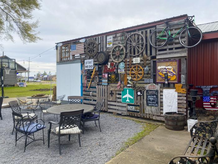 beer garden at Broken Wheel Brewery