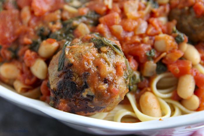 close-up meatballs