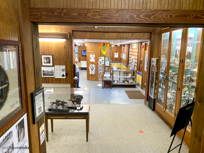 inside Thoroughbred Museum