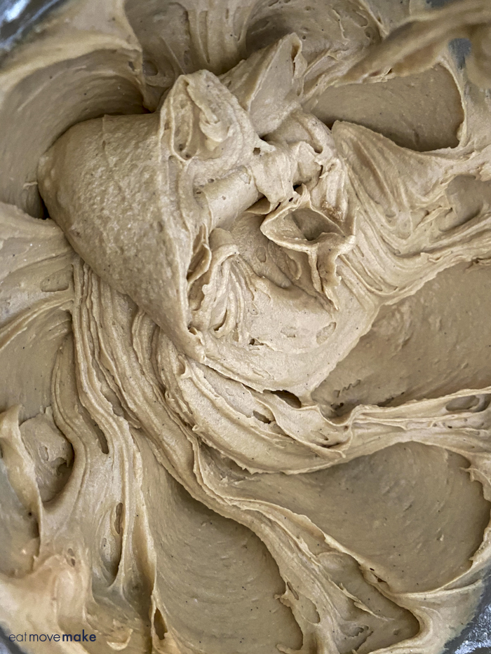 texture of maple cake batter