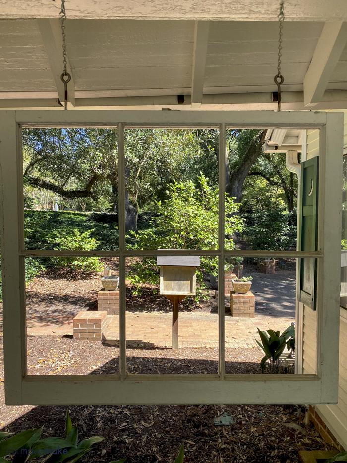 window view by Dollhouse