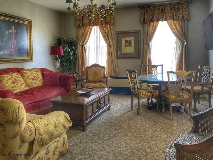Barter Suite sitting room
