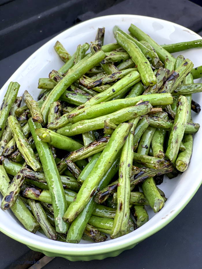 bowl of grilled green beans