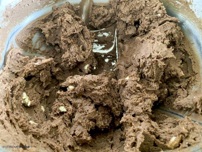chocolate pecan cookie dough
