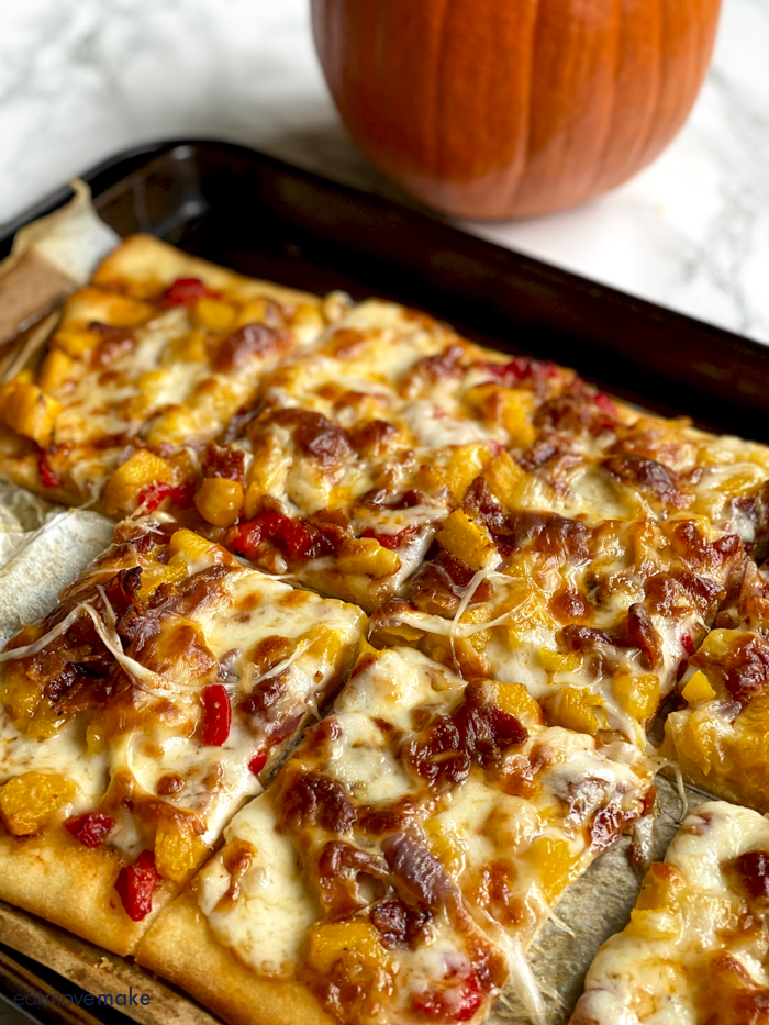 pumpkin pizza slices