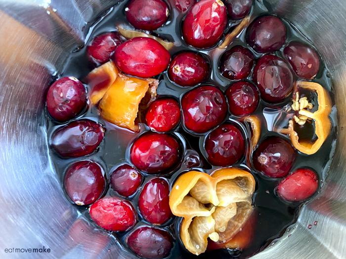 blending cranberries and habaneros