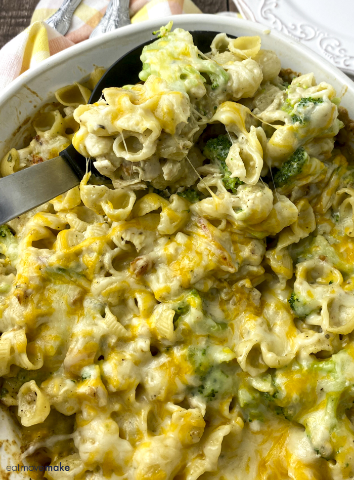 spoonful of chicken broccoli pasta