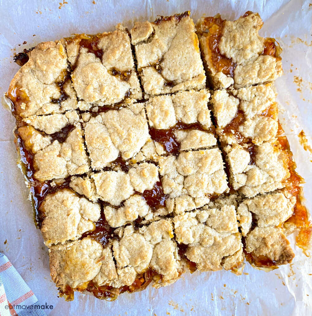 cut apricot coffee cake bars