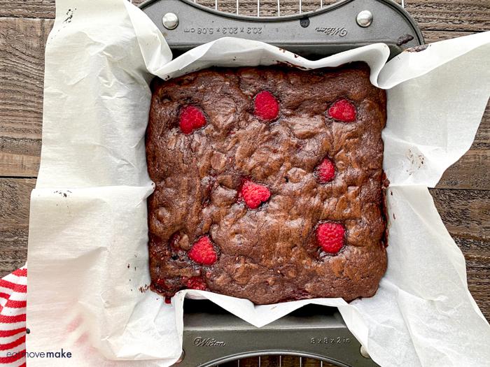 pan of raspberry brownies