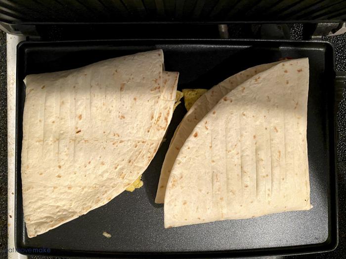 tortilla wraps in panini maker
