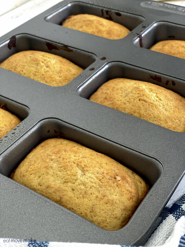 mini lavender lemon loaves