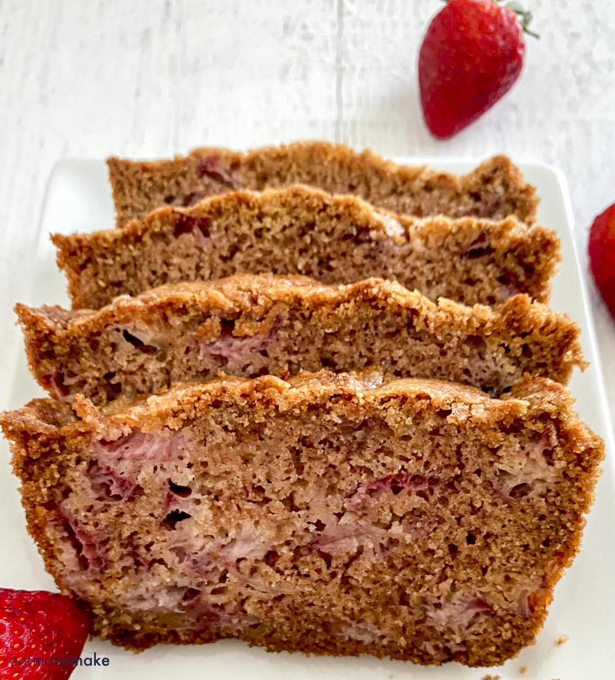 strawberry bread slices