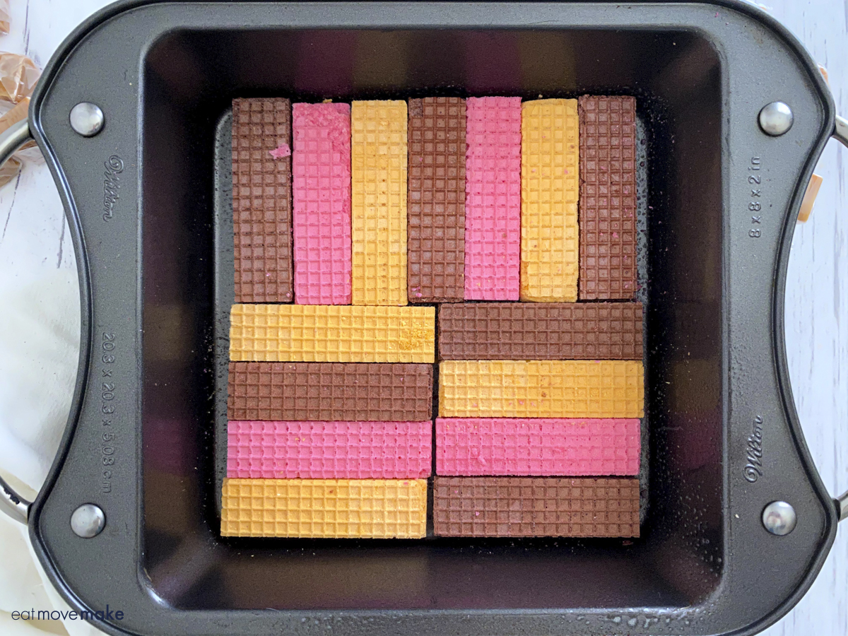 layer of sugar wafers in pan