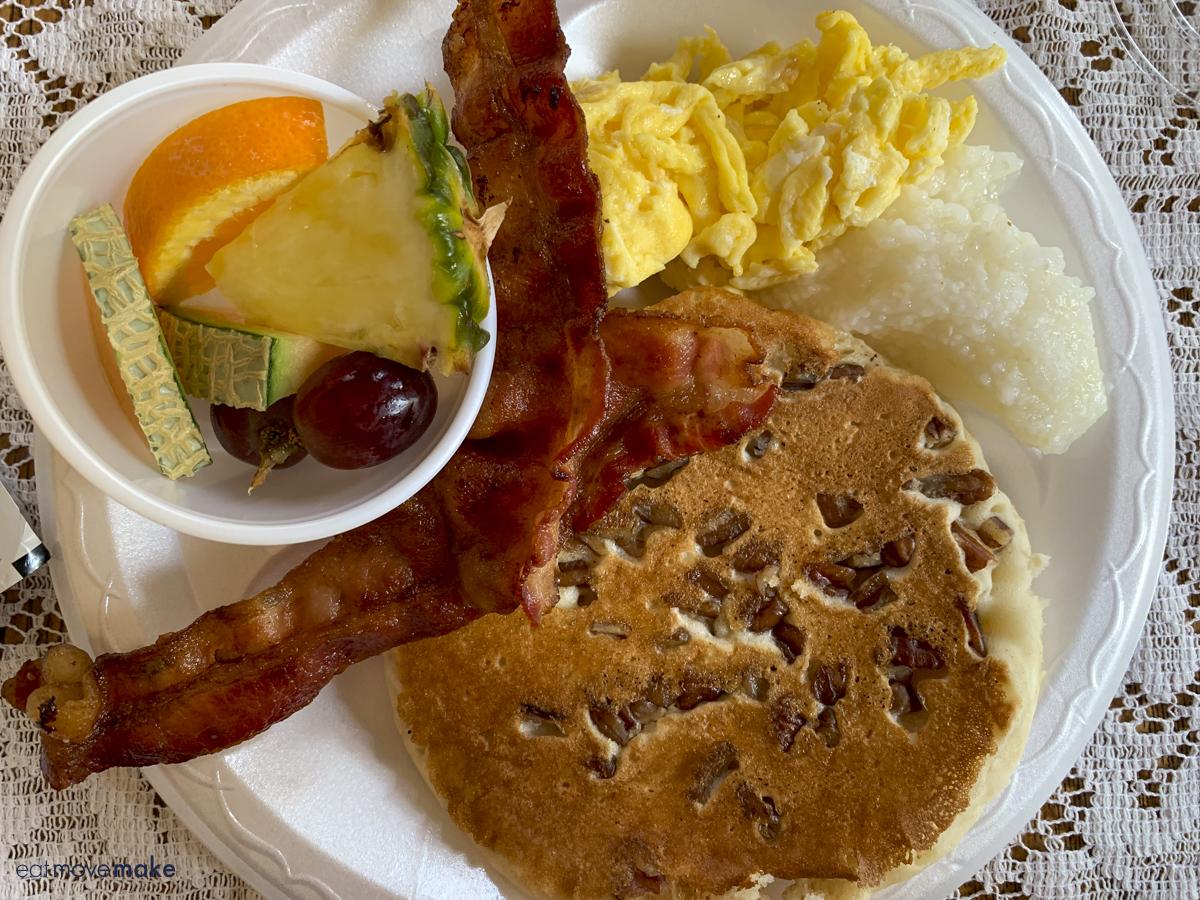 pecan pancakes - Venus restaurant