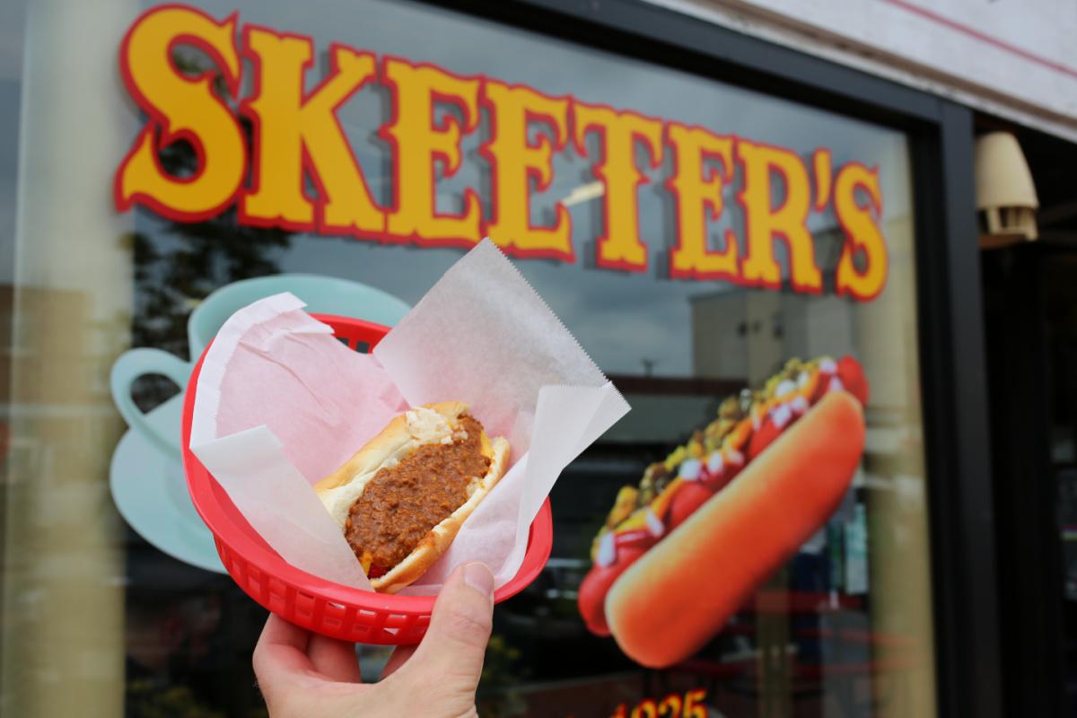 Skeeter's Hot Dogs
