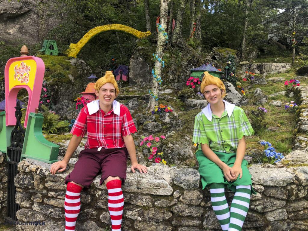 munchkins at Land of Oz