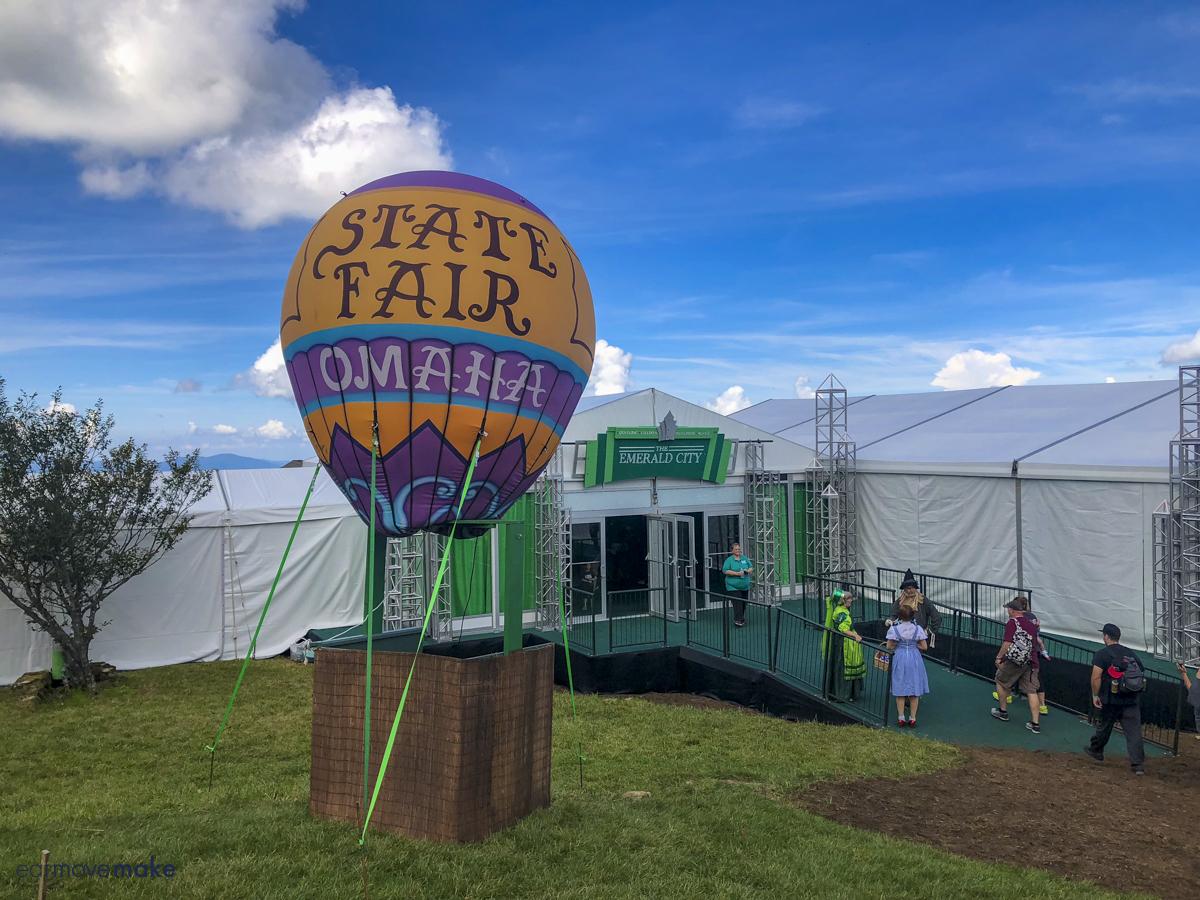 state fair hot air balloon outside Emerald City