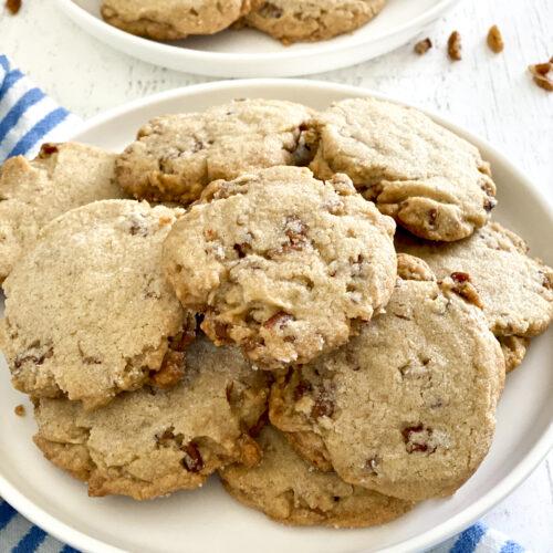 plate of pecan sandies cookies