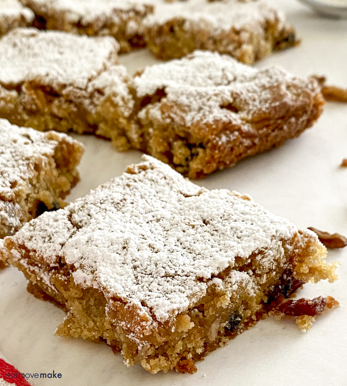 side view of apple blondies on table
