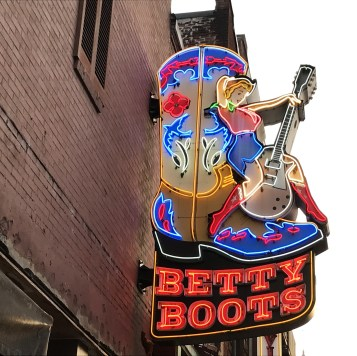 bettys-boots