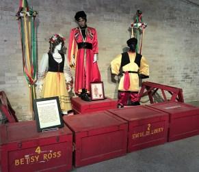 costume-theme-boxes