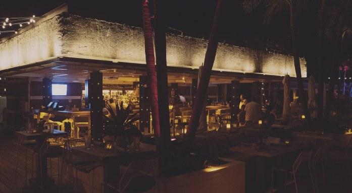Le bar du rooftop du One Hotel