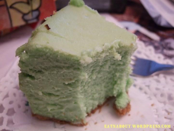 Le Bonbon Cafe: Green Tea Cheesecake