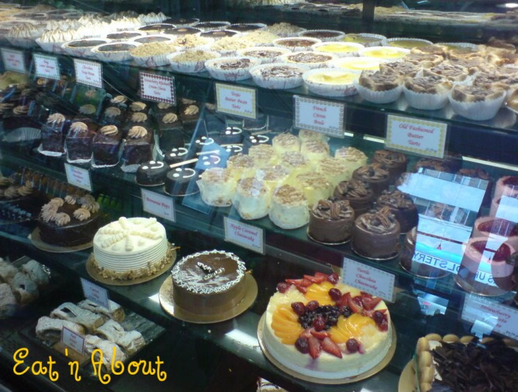 Max's Bakery and Delicatessen: Selection