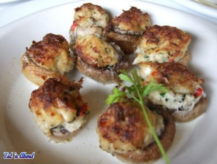 Romano's Macaroni Grill: Crab-stuffed Mushrooms