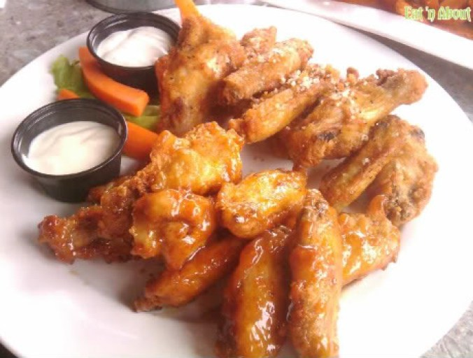 Wings Pub and Grill: Texas Dry Rub and Malaysian Orange Ginger Wings