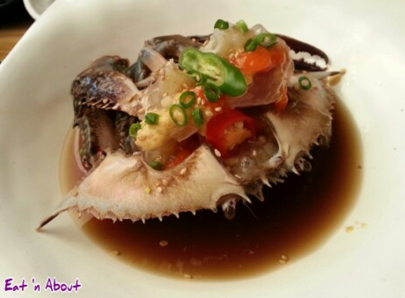 Doodaemon in Insadong, Korea: raw blue crab gaejang