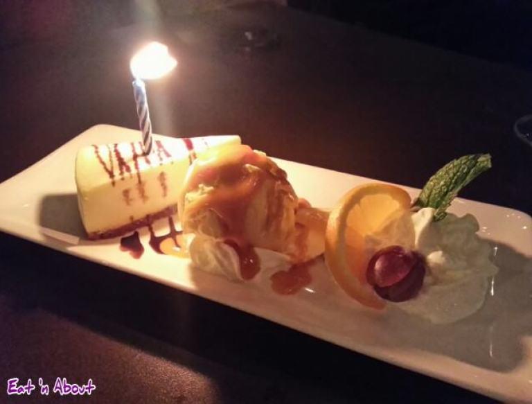 U & I Thai: Mango Cheesecake & Ice cream