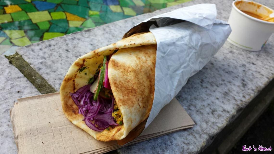 Mangal Kiss Mid East BBQ: Chicken Kebab Shishlik