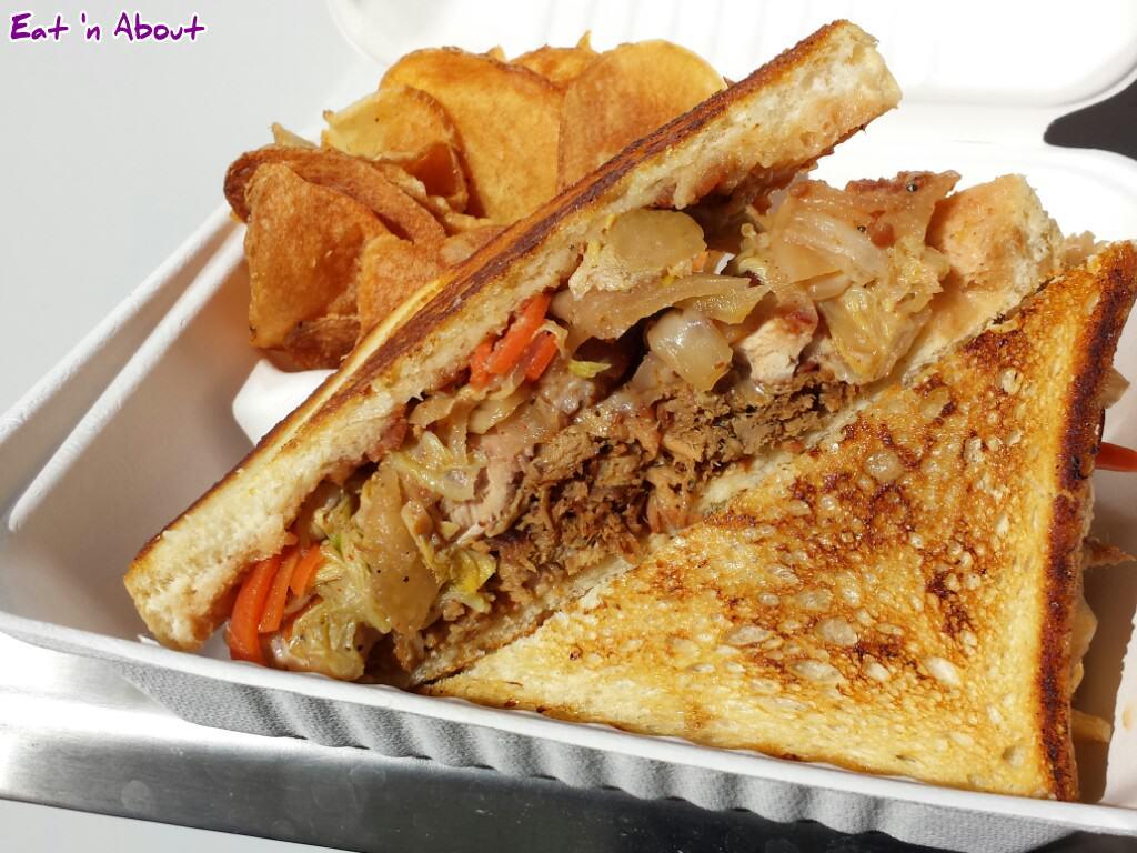 Fat Duck Mobile Eatery: Les Trois Cochons sandwich