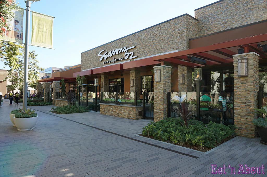 Seasons 52 - exterior