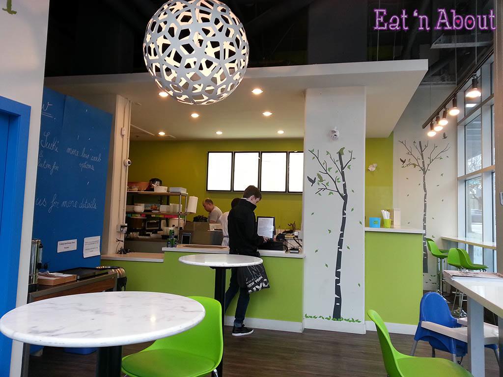 Aqua Sushi + Juice Bar - interior