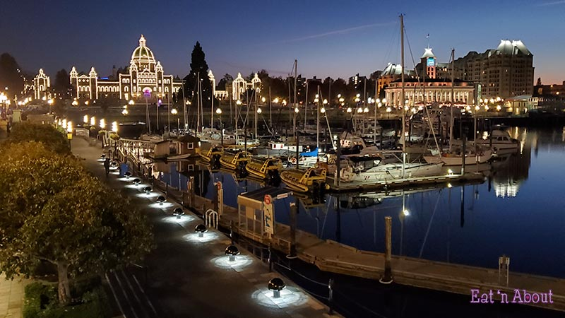 Photo of Victoria Harbour at night